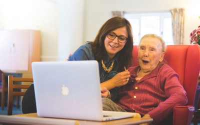 5 tips to help your loved one cope with a dementia diagnosis